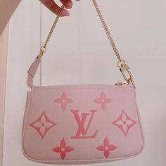 Mini Pochette, Cute Bags, Designer Bags, Hand Bags, Purses And Handbags, Fashion Bags, Betsey Johnson, Wallets, Monogram