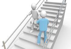 Escadas. Para subir mantenha a postura correta e apoie o pé direito nos degraus, sempre diagonalmente em relação à escada. Para descer, evite inclinar a cabeça, olhe com os olhos e, desça diagonalmente também. A preferência é sempre de quem está subindo. Para subir o homem deve ser gentil e oferecer a frente a uma mulher e para descer, segue a sua frente.