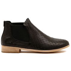 Cute Ankle Boots, Easy Wear, Flats, Sandals, Lightweight Jacket, Leather Boots, Chelsea Boots, What To Wear, Fashion Shoes