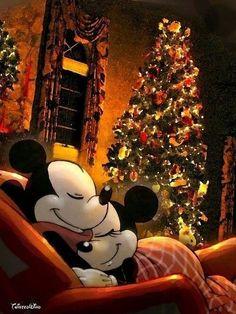 Minnie & Mickey Christmas wallpaper