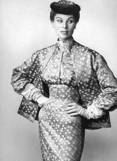 19-12-11  silk ensemble by Jacques Fath, 1953