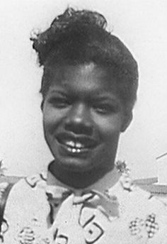 30 writers when they were teenagers - Curiosidades - Citas Maya Angelou, Brave Women, Interesting History, Writers, Teenagers, Teen, People, Being A Writer, Youth