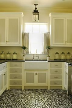 1000 Images About Painted Cabinets On Pinterest Painted