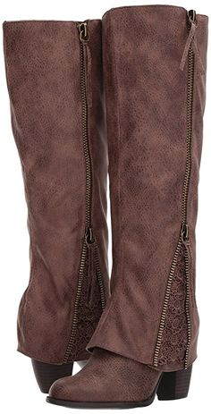I am so in love with these gorgeous tall riding or combat style boots! They are perfect for a cozy and casual fall or winter outfit. Could also be a cute gift. Love them! #boots #kneehigh #riding  #afflinkAmazon.com | Not Rated Womens Spiffy | Boots