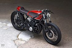 Barn rescue: The Swedish workshop PAAL has restored this Kawasaki to cafe racer perfection Vintage Cafe Racer, Vintage Bikes, Vintage Motorcycles, Custom Motorcycles, Custom Bikes, Kawasaki Cafe Racer, Kawasaki Z650, Kawasaki Motorcycles, Cafe Moto