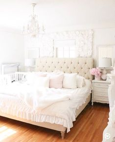 39 beautiful in white master bedroom decor ideas 1 Dream Bedroom, Home Bedroom, Girls Bedroom, Master Bedroom, Bedroom Decor, Bedroom Ideas, 1920s Bedroom, Bedroom Wall, Beautiful Bedrooms