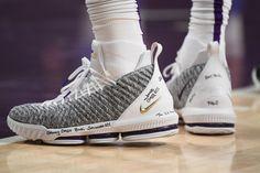 61325b4c9169 LeBron James Nike LeBron 16 PE