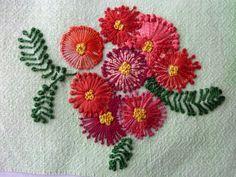 Pistil Stitch red flowers by Severine Allais