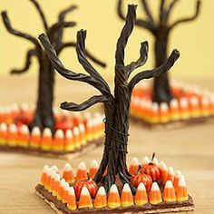 Collection of creepy Halloween food. So awesome!