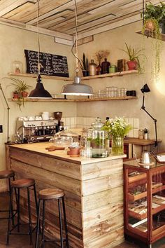 37 Affordable DIY Kitchen Pallet Ideas You Must See Home Design And Interior is part of Coffee shop decor Sometimes there are always disasters that occur when you want to do a renovation, especial - Coffee Shop Bar, Small Coffee Shop, Coffee Shop Design, Coffee Club, Coffee Shops, Cafe Restaurant, Restaurant Design, Modern Restaurant, Modern Kitchen Cabinets