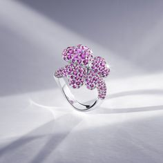 The coloured gemstones in our limited-edition collection are set in platinum or white gold, accompanied by precious tsavorites on the band. The 18 pieces in the collection are available exclusively from the Bucherer Store in Zurich. Fine Jewelry, Jewellery, Zurich, Gemstone Colors, Druzy Ring, Diamond Rings, White Gold, Fancy, Gemstones