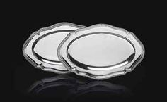 A PAIR OF GEORGE III SILVER MEAT DISHES   MARK OF THOMAS HEMING, LONDON, 1766