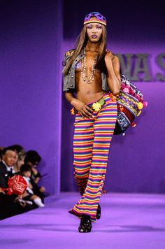Anna Sui Spring 1993 Ready-to-Wear Fashion Show - Naomi Campbell