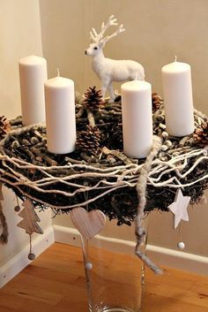 Deze kerststukjes met hangende ornamenten staan echt prachtig in huis! 8 schitterende voorbeelden voor de winter! - Zelfmaak ideetjes