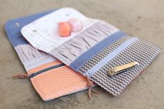 noodlehead: Snappy Manicure Wallets