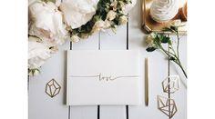 Fehér esküvői vendégkönyv love felirattal, Nicol Esküvői Bolt