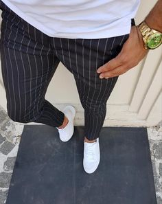 #mensfashion #menswear #mensoutfits #pants #trousers #stripes Gq Mens Style, Formal Men Outfit, Mens Clothing Styles, Stylish Men, Fashion Pants, Costume, Trouser, Clothes, Urban Fashion Men