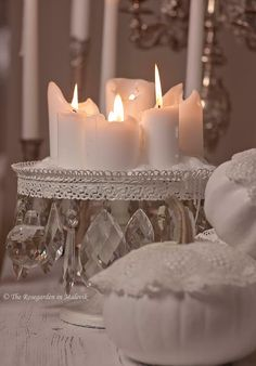 Cake pedestal. lace and candles   The ROSEGARDEN in Malevik