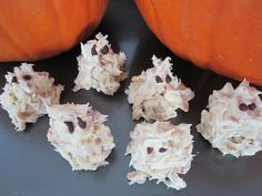 Make Halloween Candy Ghosts in Minutes | Specialfork's Blog