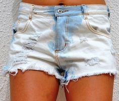 Shorts jeans customizado destroyed cintura alta <br>Tam 36 ao 44