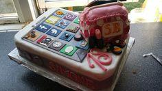 Iphone/make up cake