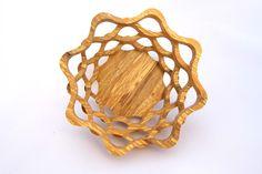 Drevená miska vyrobená na lupienkovej pílke tzv. scrollsaw bowl zo špaltovaného dre (spalted wood) alnus glutinosa Jelsa, Elsa