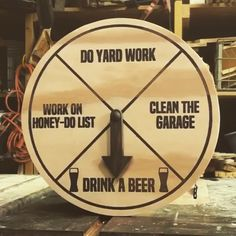 I made a chore wheel - woodworking Diy Wood Projects, Woodworking Projects, Router Projects, Woodworking Beginner, Wood Crafts, Paper Crafts, Chore Wheel, Wheel Of Fortune, Videos Funny