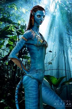 Made by http://remus09.deviantart.com/art/AVATAR-Neytiri-posing-in-Rainforest-271234422