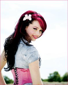 Skye Sweetnam she is my idol!