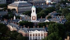 Top 10 Highest Rated American Universities for 2018 published in TopTeny magazine Best Products - For many generations, the United States has contributed heavily to the world of academia. With renowned names . Ivy League Schools, Schools In America, Importance Of Time Management, Harvard Law, Harvard College, Harvard Graduate, Dream School, Top Universities, Harvard University