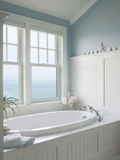Nice 38 Cool Coastal Beach Bathroom Makeover Ideas. More at https://trendecorist.com/2018/02/15/38-cool-coastal-beach-bathroom-makeover-ideas/