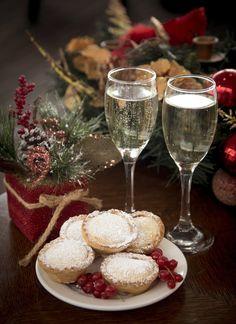 Dunboyne Castle (@dunboyne) | Twitter Spa Breaks, Dublin City, Alcoholic Drinks, Castle, Twitter, Tableware, Glass, Christmas, Food