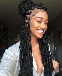 23 Crochet Faux Locs Styles to Get Your Next Look In .- 23 Häkeln Sie Faux Locs-Styles, um Ihren nächsten Look zu inspirieren – Frisuren Kurz 23 Crochet faux locs styles to inspire your next look - Faux Locs Hairstyles, African Hairstyles, Girl Hairstyles, Formal Hairstyles, Hairstyles 2018, Locks Hairstyle, Black Hairstyles, Gorgeous Hairstyles, Hairstyle Ideas