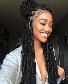23 Crochet Faux Locs Styles to Get Your Next Look In .- 23 Häkeln Sie Faux Locs-Styles, um Ihren nächsten Look zu inspirieren – Frisuren Kurz 23 Crochet faux locs styles to inspire your next look - Faux Locs Hairstyles, African Hairstyles, Girl Hairstyles, Formal Hairstyles, Hairstyles 2018, Pigtail Hairstyles, Gorgeous Hairstyles, Braided Hairstyles For Black Hair, Locks Hairstyle