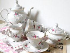 Hey, I found this really awesome Etsy listing at https://www.etsy.com/listing/172643421/vintage-porcelain-tea-set-porcelain