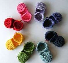 Dover & Madden - Coloured crochet baby sandals Totally in love with baby booties, sandals all of that lately...
