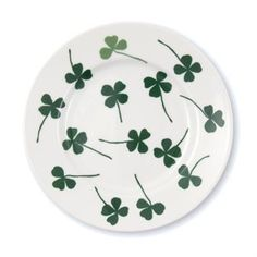 The Lucky clover side plate from House of Rym is part of the 'Let them eat cake' range. The pattern was designed by Elisabeth Dunker and is sure to add a touch of summer to your table setting. The plate is great for serving cakes and cookies or as a breakfast plate. Don't forget to look at the other colorful porcelain ranges by House of Rym.
