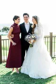 April 21: Selena with David Henrie and Maria Cahill at David Henrie & Maria Cahill's wedding in Wilmington, Los Angeles [GP]