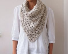 Crochet PATTERN loop scarf woman circle bulky scarf by AnaDdesign