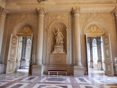 Marble House, Palace Of Versailles, Central, Palaces, 17th Century, Couture Fashion, Eat Cake, Castle, Inspirational