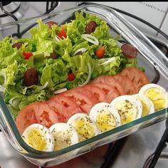 """@_recetas_saludable_: """"Deja un ❤ si te gustó! 🤗 - - Mira esta ensalada ... 😍✨😋🍽️ ¡Delicia!  Vía: valzinha_gomees - . ¿Qué…"""" Cobb Salad, Food, Recipes, Salad, Healthy, Diet, Essen, Meals, Yemek"""