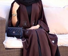 Dark Chocolate Abaya. Hands down, one of the best and elegant ones I've seen! ❤️