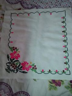 Hardanger Embroidery, Embroidery Stitches, Cross Stitch Charts, Cross Stitch Patterns, Hand Embroidery Design Patterns, Handmade Table, Cross Stitch Flowers, Hobbies And Crafts, Diy Crafts