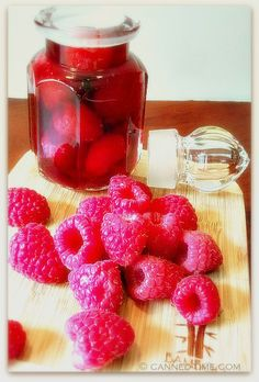 Raspberry vinegrette