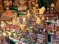 1000+ images about Gingerbread - Villages on Pinterest
