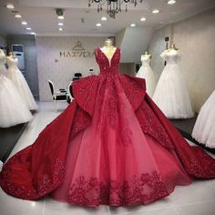 Ball Gown Dresses, 15 Dresses, Pretty Dresses, Evening Dresses, Pretty Quinceanera Dresses, Blue Wedding Dresses, Beautiful Gowns, Beautiful Outfits, Debut Gowns
