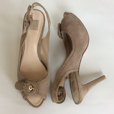 "Zara open toe sling back heels Zara open toe sling back heels. Neutral camel color. Suede with gold toned hardware. Some wear on the back of the heel as seen in 4th pic. Otherwise in great condition. Approx 3 3/4"" heel. Size EU 38, US 7.5-8. Zara Shoes Heels"