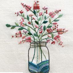@thessukie  Bouquet in a mason jar.