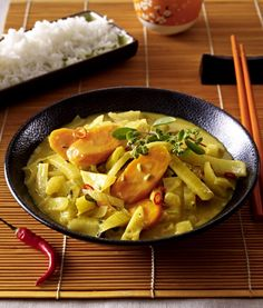 Unser beliebtes Rezept für Möhren-Fenchel-Curry und mehr als 55.000 weitere kostenlose Rezepte auf LECKER.de.