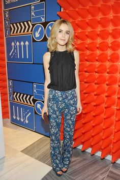 Pin for Later: We Straight-Up Fell in Love With This Week's Best Red Carpet Looks Kiernan Shipka Kiernan kept things breezy and boho at Barneys New York, rocking a sleeveless chiffon top and boot-cut pants by Rebecca Taylor.